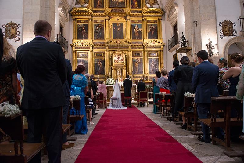 boda-pastrana-natural-fotos espontaneas-fotos boda-iglesia-fotografo bodas-Torrejon de Ardoz