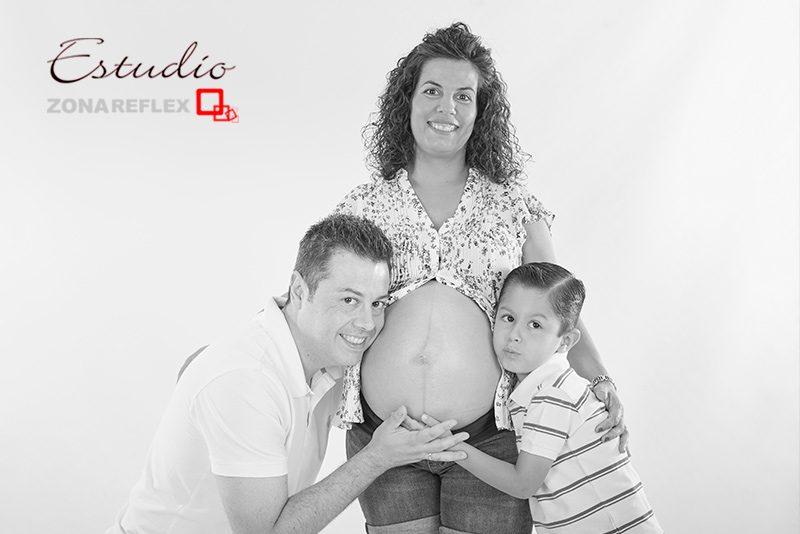 embarazada-premama-sesion-estudio-foto-embarazo-zonareflex-01
