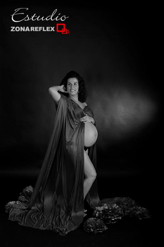 embarazada-premama-sesion-estudio-foto-embarazo-zonareflex-21