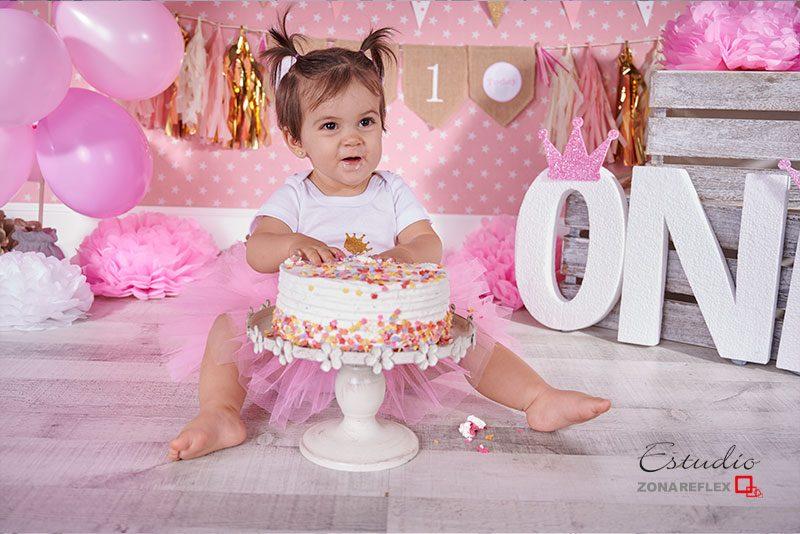smash-cake-fotos-un año-sesion tarta-Maria-zonareflex-07