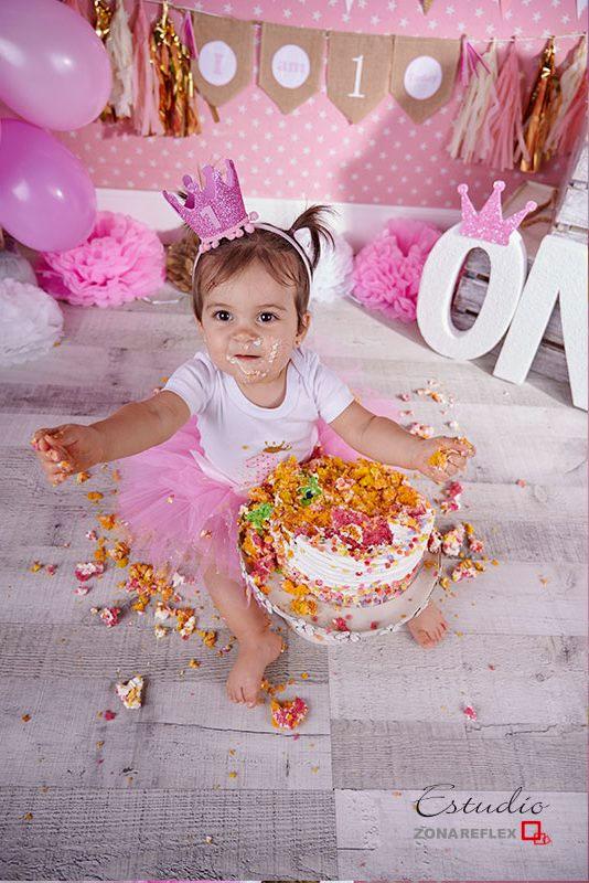 smash-cake-fotos-un año-sesion tarta-Maria-zonareflex-10