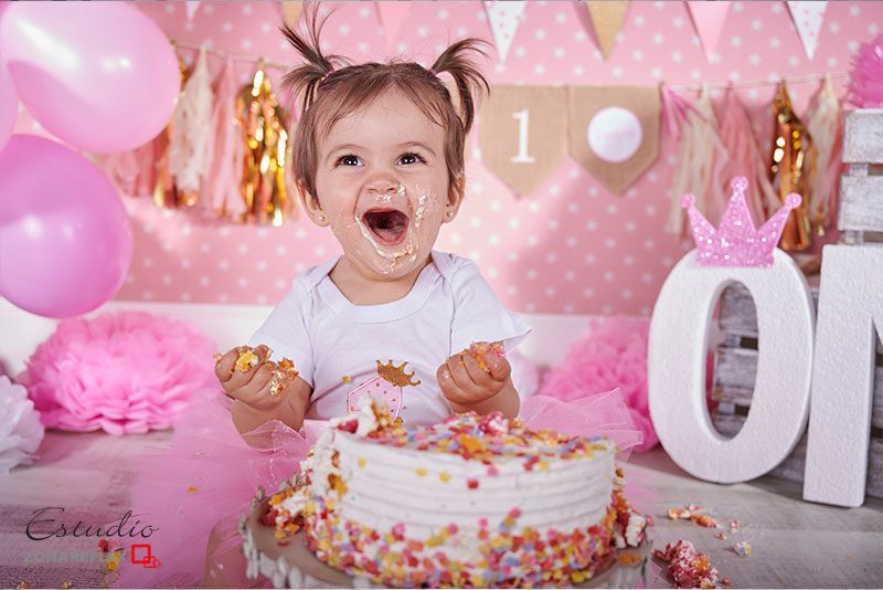 smash-cake-fotos-un año-sesion tarta-Maria-zonareflex-08